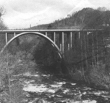 Neue Betonbrücke